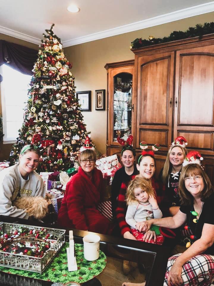 Shelby Bobby Family Life 05